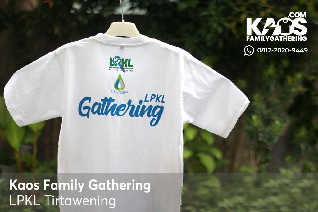 Desain Kaos Family Gathering LPKL Tirtawening ke Wisata Pantai